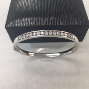 10k white gold 7.4 gram 0.45 ct. diamond bracelet